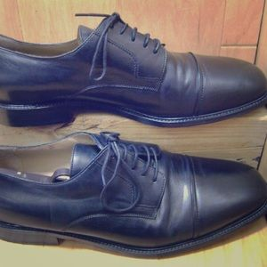 Johnston & Murphy black leather Oxford 11.5 shoes